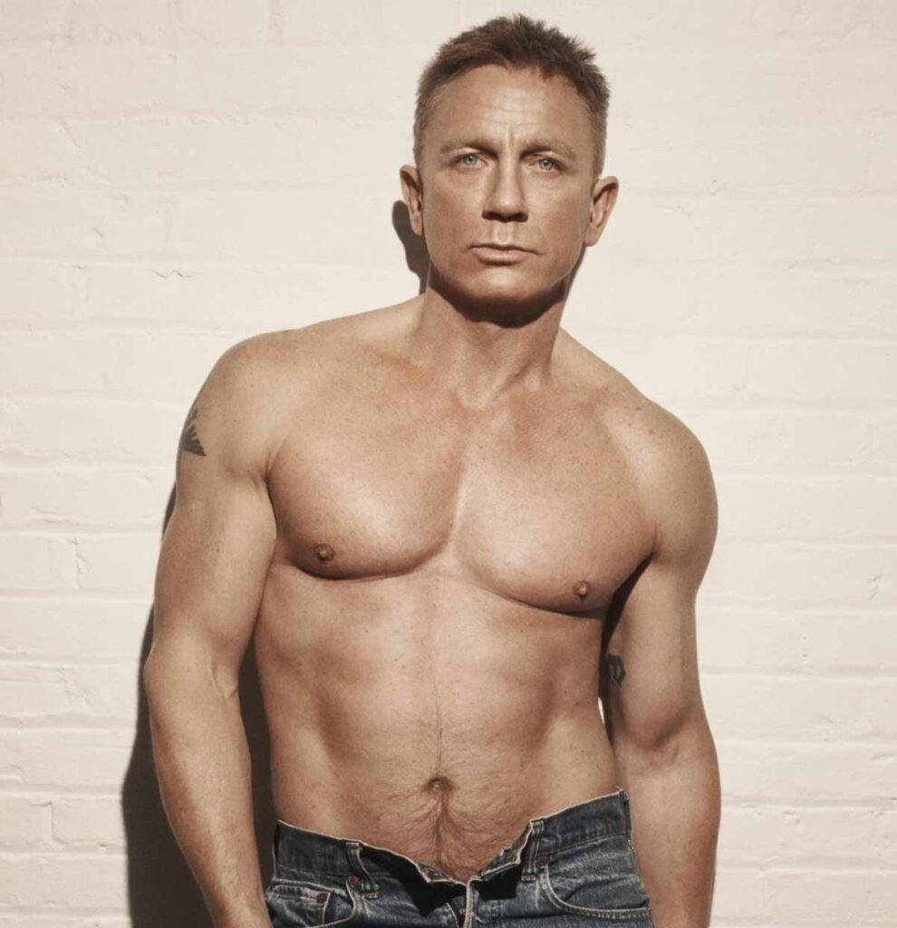 Photo of Daniel Craig as James Bond.
